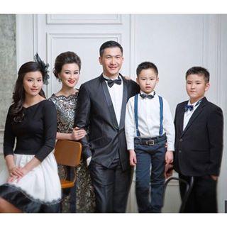 keluarga Ps Philip Mantofa