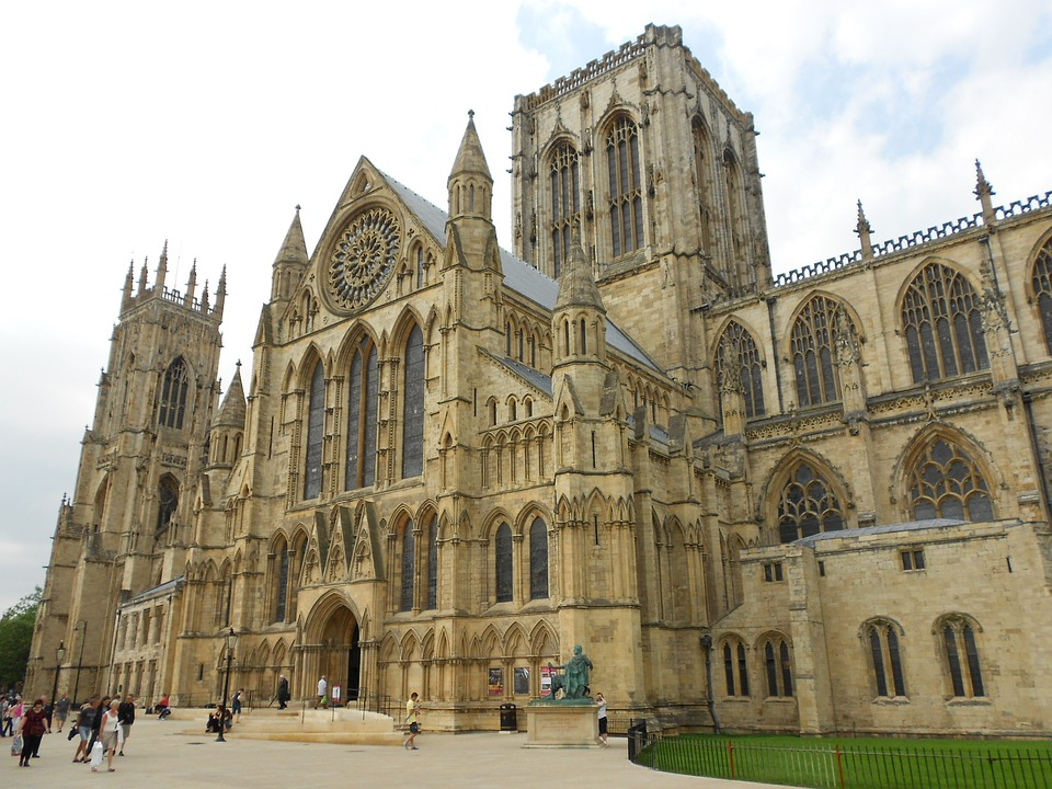 10 Reasons to Visit York in December - York Minster