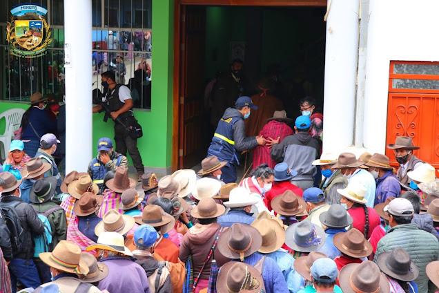 🔵🔵M�S DE 600 HOGARES DEL DISTRITO DE MIRGAS RECIBIERON EL BONO FAMILIAR UNIVERSAL