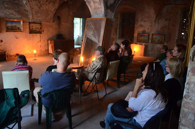 Koncert Janusza Małolepszego na zamku w Chobieni