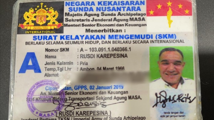 """Viral! Sopir """"Negara Kekaisaran Sunda Nusantara"""" Ngaku Berpangkat Jenderal"""
