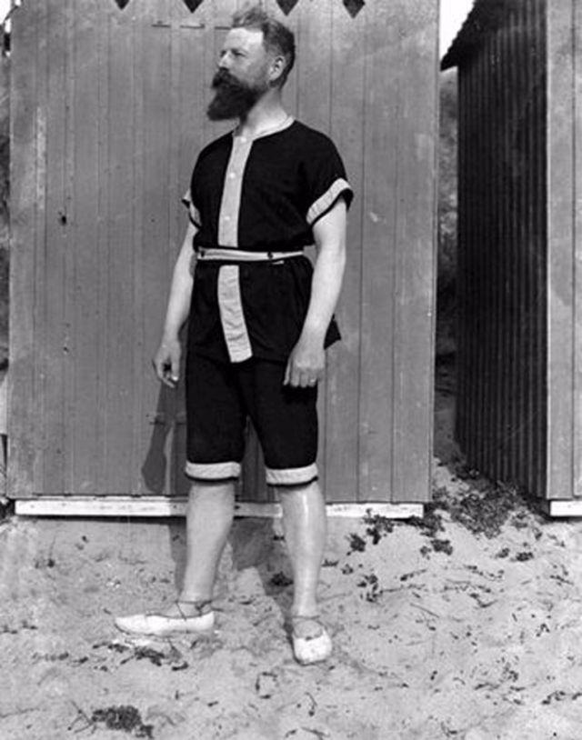 Edwardian Male Bathing Suit Styles 26 Funny Vintage Photos Of