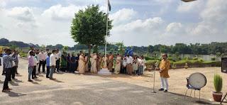 माउंट लिटेरा जी स्कूल Mount Litera Zee School Jaunpur में मनाया गया स्वतंत्रता दिवस, बच्चों ने आनलाइन ही कार्यक्रम में लगा दिया चार चांद   #NayaSaveraNetwork