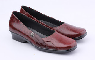 grosir sepatu kerja wanita,gambar sepatu kerja kulit 3cm,sepatu guru wanita terbaru,sepatu kerja online bandung,grosir sepatu kantor wanita elegan