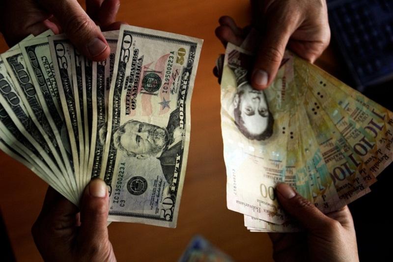 Atentos: Estafadores venden dólares falsos en San Bernardino - MOSCA