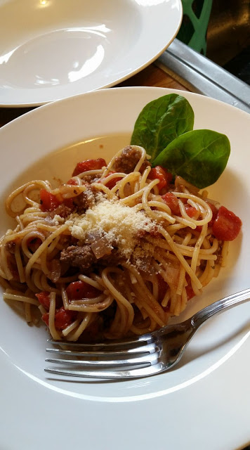One-Pot Pantry Pasta with Ground Beef, one pan and dinner is ready!