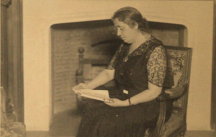 Biografía de María Lejárraga en Bestia Lectora