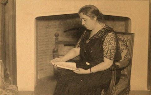 Biografía de María Lejárraga