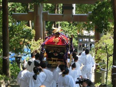 伊豆山神社神輿