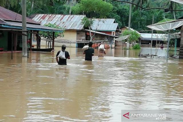 Banjir Rendam 7 Desa di Tapanuli Tengah, 1 Orang Dilaporkan Meninggal Dunia