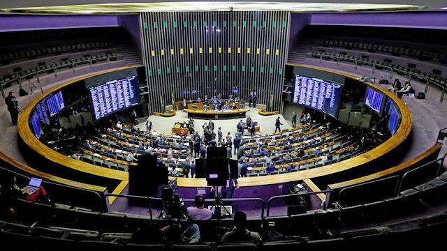 Derrota para Bolsonaro: la Cámara de Diputados reduce el proyecto de ley sobre armas