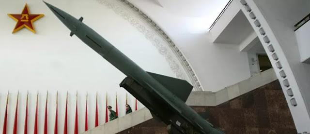 míssil chinês