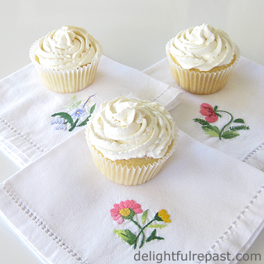 Chiffon Cupcakes with Stabilized Whipped Cream Filling and Frosting / www.delightfulrepast.com