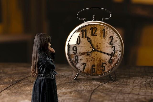 La niña y el tiempo del ayer