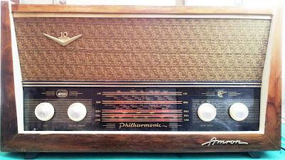 Amron Radio