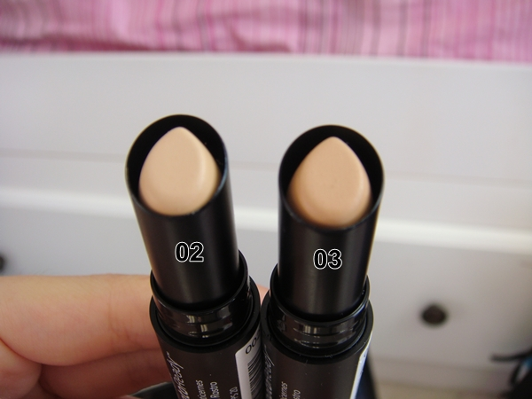PhotoReady Candid Antioxidant Concealer by Revlon #13