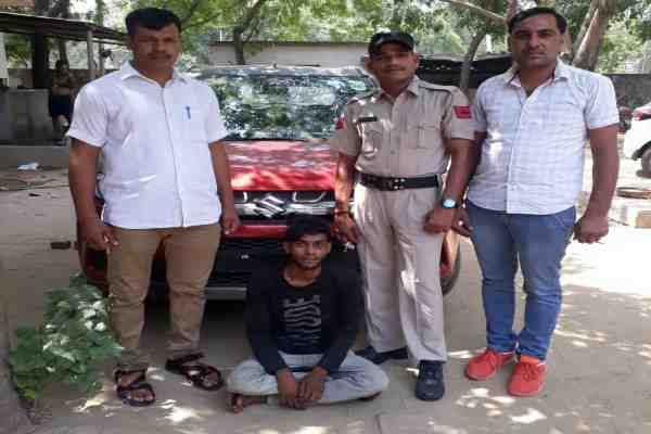 crime-branch-sector-30-team-vimal-kumar-arrested-brezza-car-chor-sohel