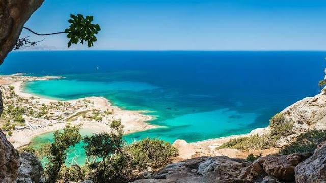 Στις 5 χώρες της ΕΕ η Ελλάδα με «εξαιρετικής ποιότητας» ύδατα κολύμβησης