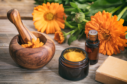 11 Benefits of Calendula for Beauty and Health