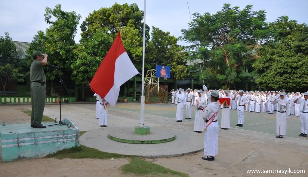 Benarkah Hormat Kepada Bendera Merah Putih, Perbuatan Syirik atau Musyrik!