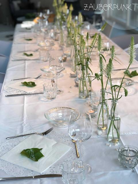 Tischdekoration Frühling, Frühling, Rapunzel, Teufelskralle, Tablesetting, Springtime, Efeu, Lettern auf  Efeublättern, Homesweethome, Daheim ist es am schönsten, Gemütlich,