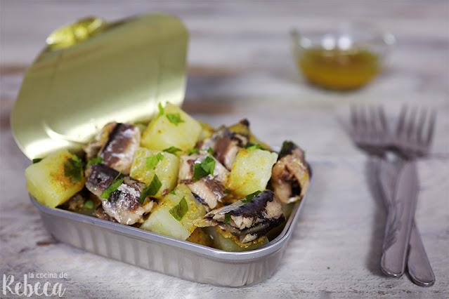 Ensalada de patata y sardinillas