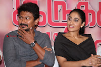 Saravanan Irukka Bayamaen Tamil Movie Press Meet Stills  0034.jpg