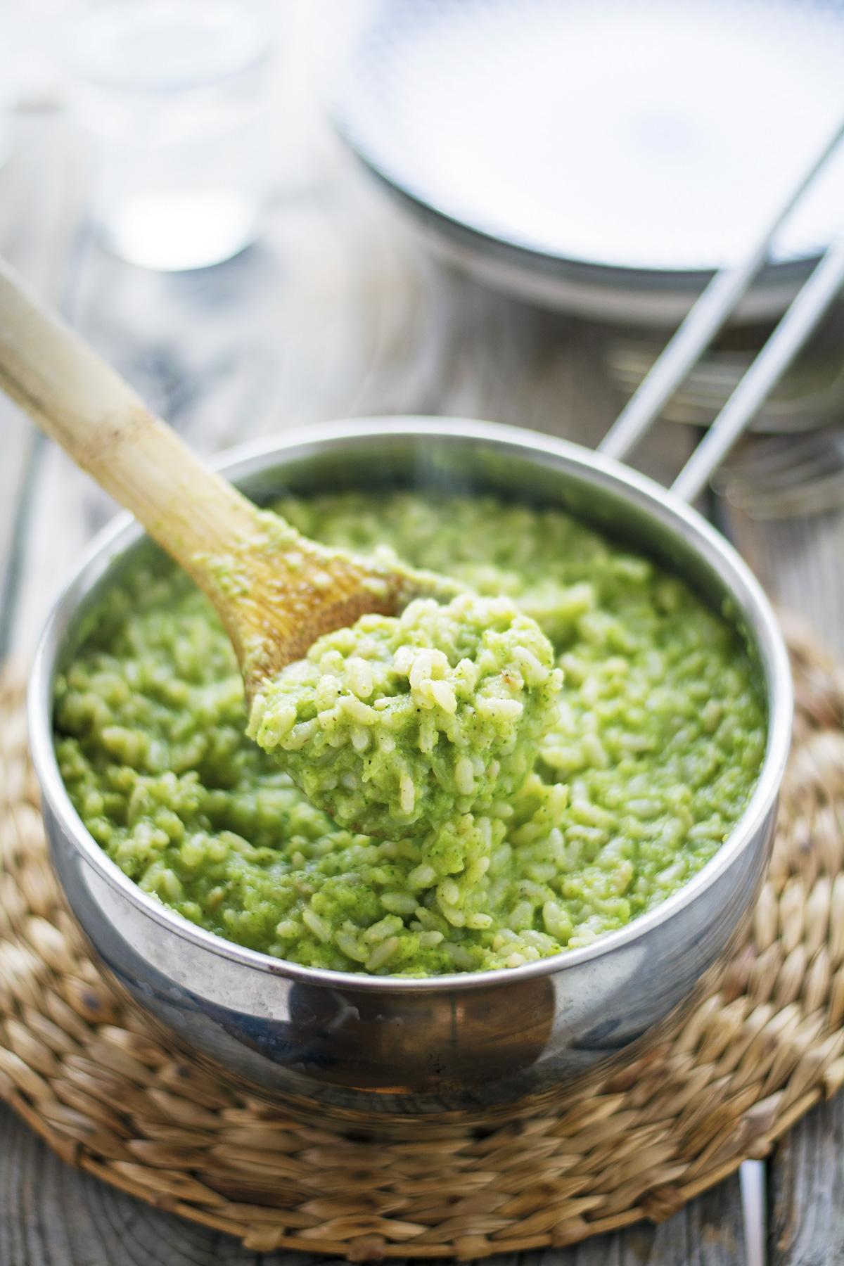 Creamy Garlic Broccoli Rice