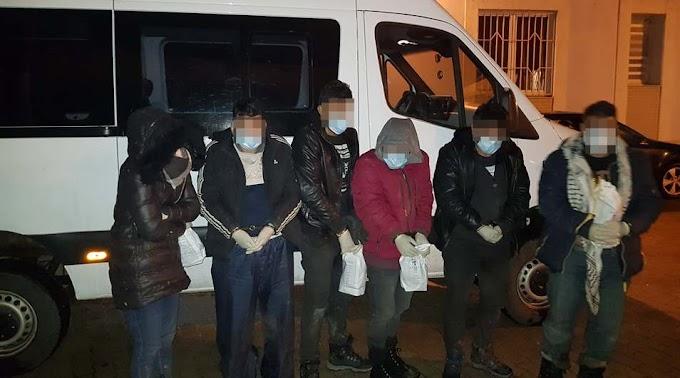 Három embercsempész letartóztatását kérte az ügyészség