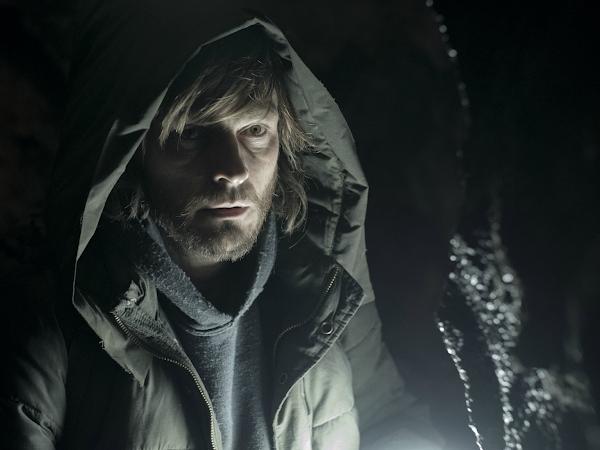 TV Review: 'Dark' Season 2 Return Keeps Netflix Series Shining Brilliantly Bright