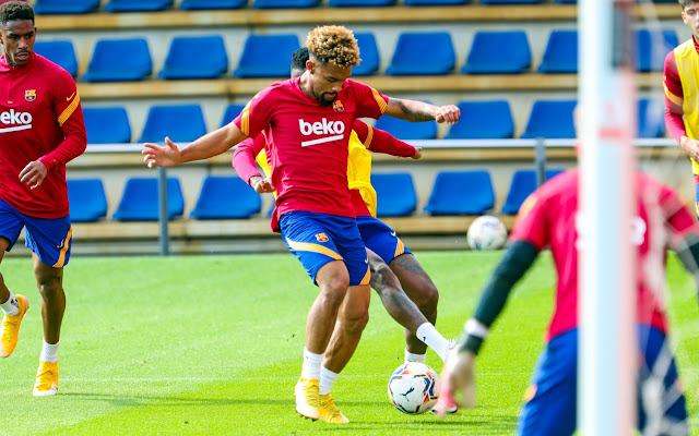 صور .. برشلونة يواصل استعداداته لمواجهة يوفنتوس فى دورى الأبطال