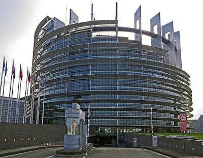 EU wants Big Tech to deploy AI technology
