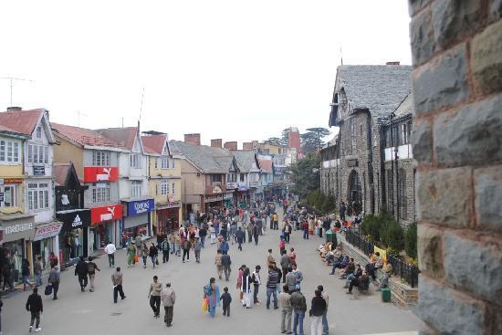 Shopping center Road Shimla