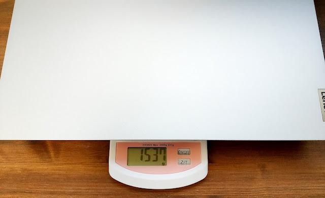 本体の重量を計測した