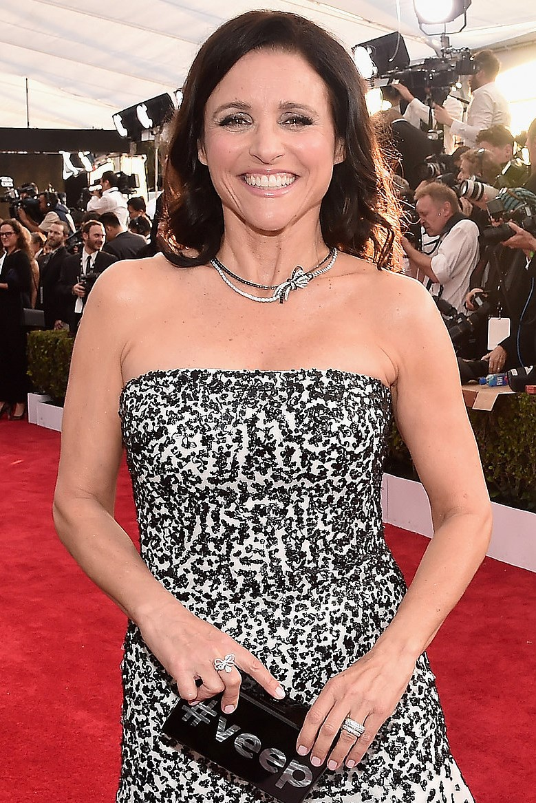 Julia Louis Dreyfus Body Weight Bra Size: Under The Loupe: SAG Awards 2016