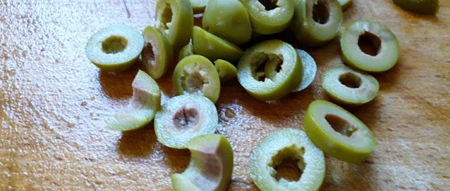 Spaghetti alla Carbonara con le olive