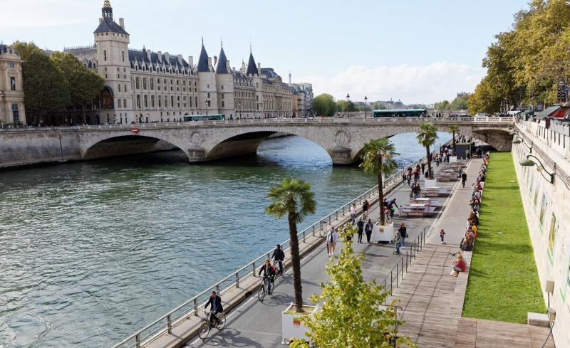 Margem do rio Sena