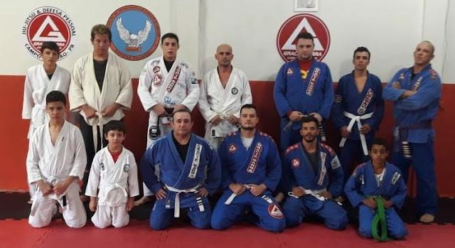 Projeto social oferece aulas de Jiu-Jitsu para comunidade