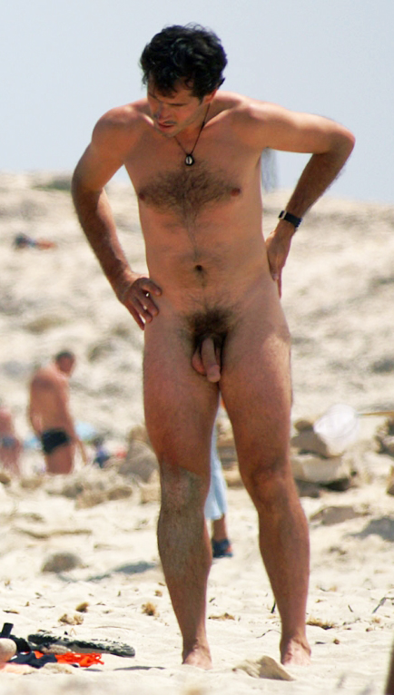 Male Nude Beach Pics