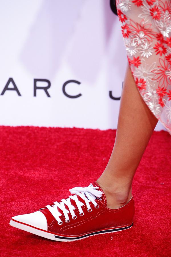 11 bằng chứng cho thấy giảy tăng chiều cao nữ sneaker vẫn đáng được sở hữu trong năm 201766