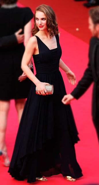 Look preto Natalie Portman em premiação