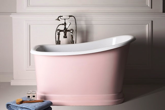 Small Bathtubs Will Turn Your Bathing Space Into An Oasis