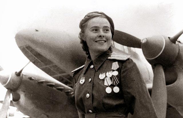 Yekaterina Budanova, fighter ace of World War II worldwartwo.filminspector.com
