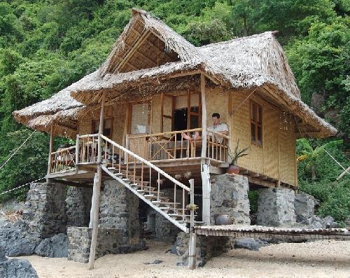 SMALL BAMBOO HOUSE - House Affair