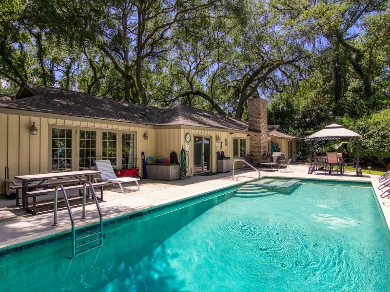 Best Places to Stay in Hilton Head, South Carolina