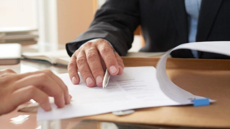 Prórroga o renovación del contrato, ¿con cuál ganan propietarios e inquilinos