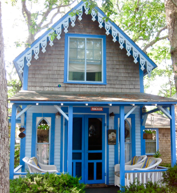 Visit the Gingerbread Cottage village in Oaks Bluffs on Martha's Vineyard | Ms. Toody Goo Shoes