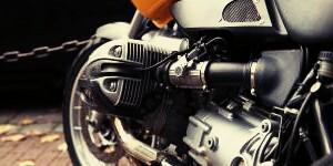 porque un motor tira aceite por el respiradero