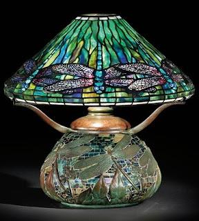 Lámpara Dragonfly con base de bronce en mosaico