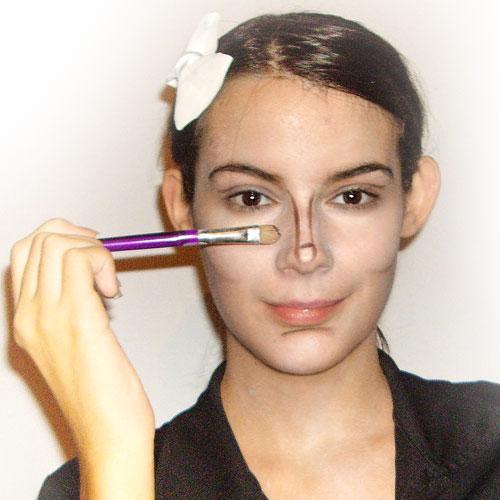 maquillaje de halloween para disfraz de zombie paso 2